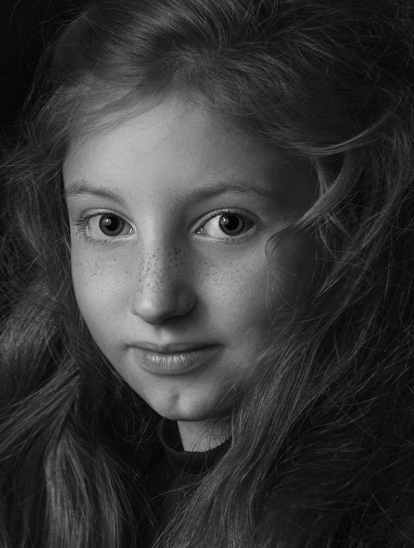 портрет,жанровый портрет , женщина, черно -белое, девушка, wb , красивая ,взгляд photo preview