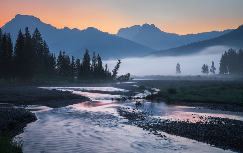 Yellowstone\'s Morning Calm photo preview