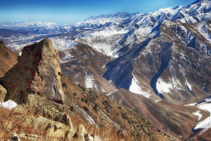 горы, кыргызстан, петроглифы Петроглифы Кыргызстанаphoto preview
