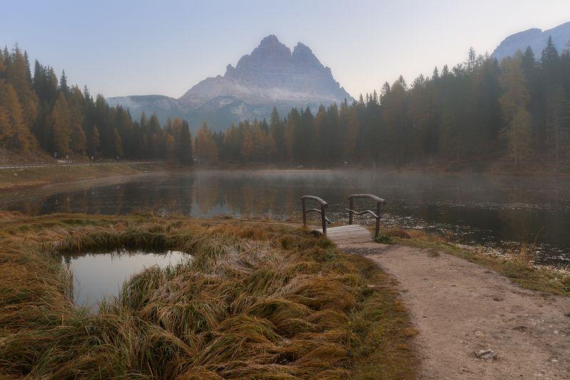 италия, доломиты, горы, озеро, осень, мостик Анторноphoto preview