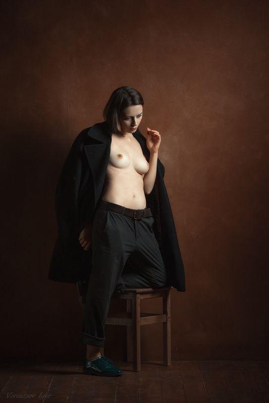 ню, девушка, грудь, обнажённая, табурет photo preview