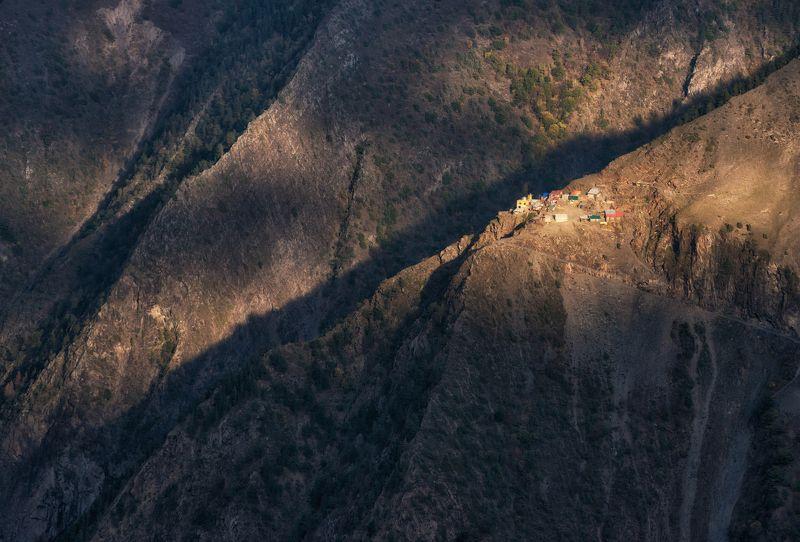 дагестан, кавказ Высокогорный Дагестан. Жизнь на краю.photo preview
