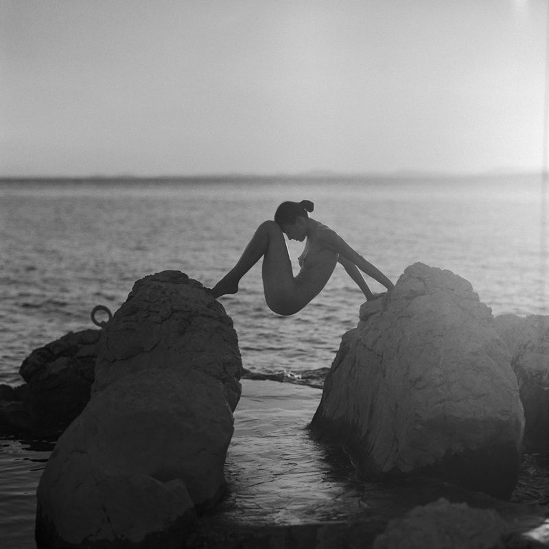akt, nude, analog, hasselblad, ninoveron, women, fineart, sunset, sea, Yuliiaphoto preview