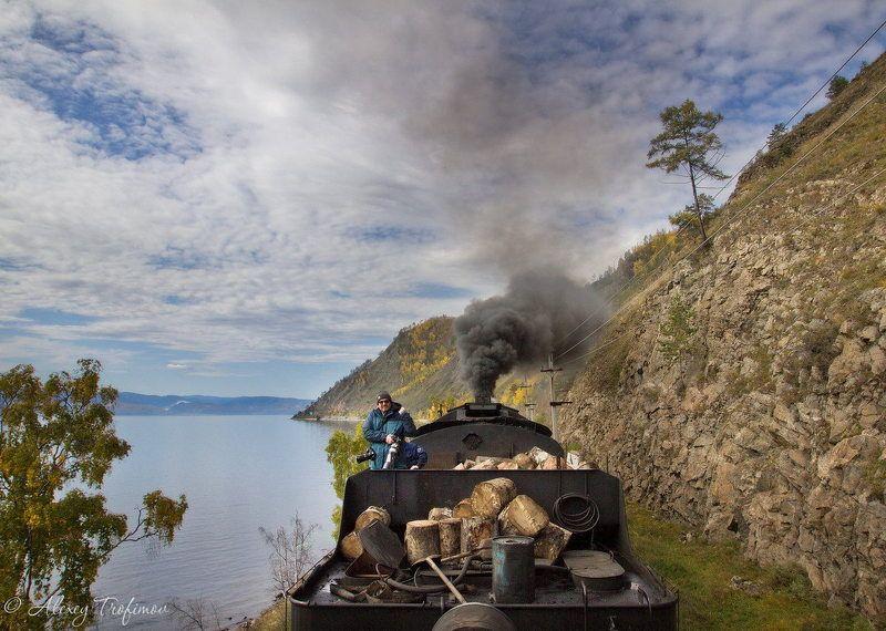 В тендере паровоза по Кругобайкалкеphoto preview