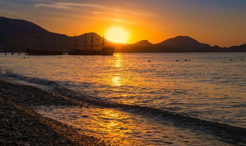 крым, коктебель, море, рассвет, солнце, горы, утро Золото рассветаphoto preview