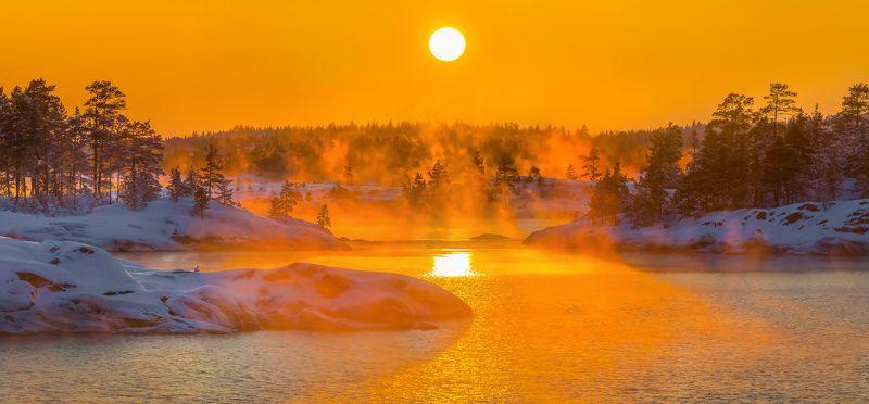 ладожское озеро, карелия, шхеры, природа, скалы, вода, остров, зима, закат, снег, солнце, туман, мыс Морозный закат на Ладогеphoto preview