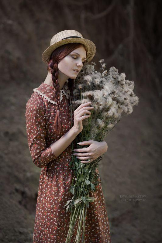 девушка, осень, природа, цветы, шляпа, настроение Увяданиеphoto preview