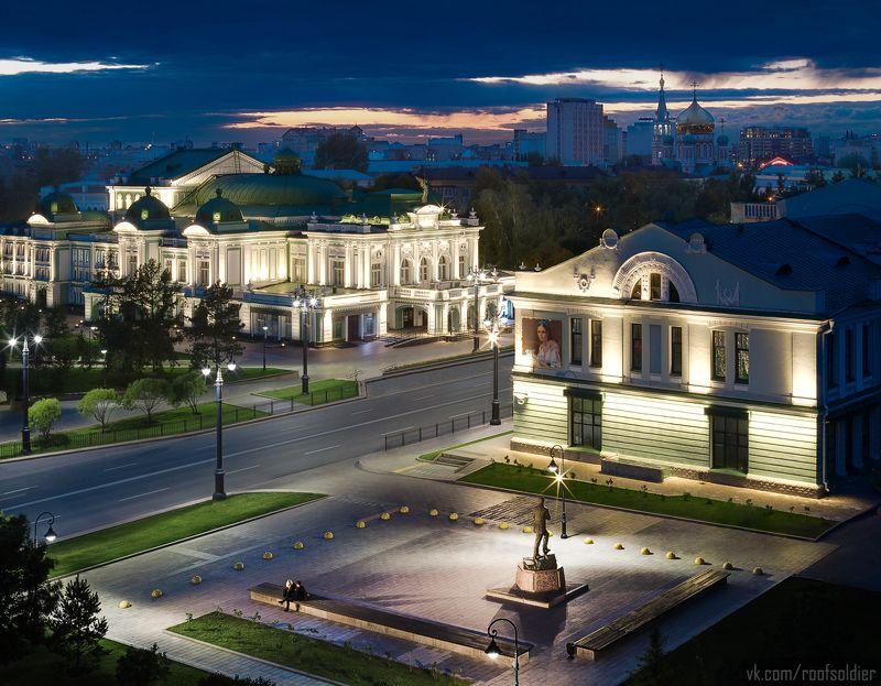 Омск, город, Россия, крыша, ночь, закат, пейзаж, архитектура, памятник, храм, церковь Сердце Омскаphoto preview