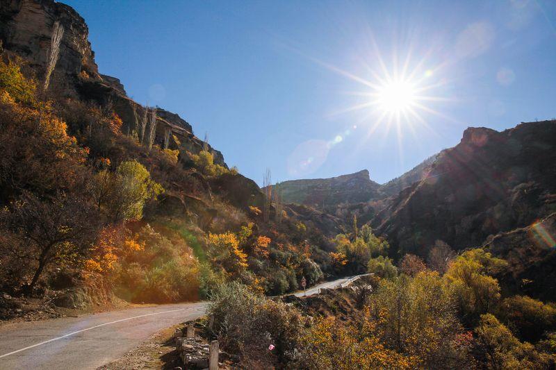 горы,осень,природа. Горный пейзаж..photo preview