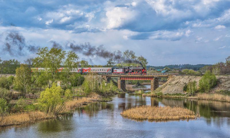 skrylov,skrylov_official,россия, челябинская область, кыштым, паровоз, ретро, мост, дым, пассажирский, поезд победы, река, пруд ***photo preview
