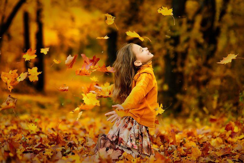 осень золотая осень дети детский портрет Осеньphoto preview