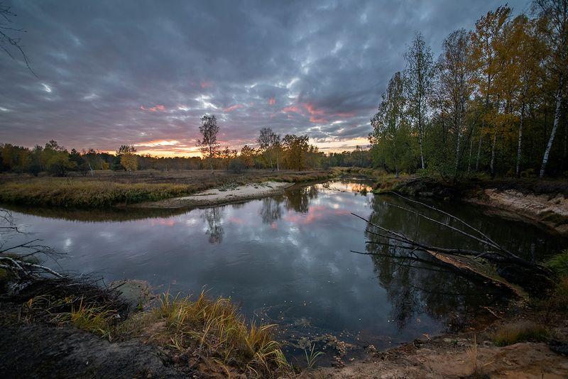 вечер, лесная река, закат, сумерки, облака, обрыв, мещёра, рязанская область Куда уходят краски вечера ...photo preview