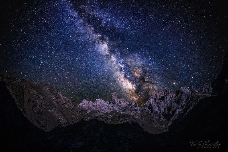 горы келиншектау, хребет каратау, май 2014 про чашку со звёздамиphoto preview