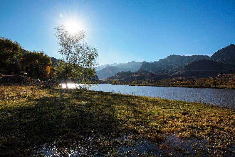 горы,осень,природа,вода,озеро, Горный пейзаж..photo preview