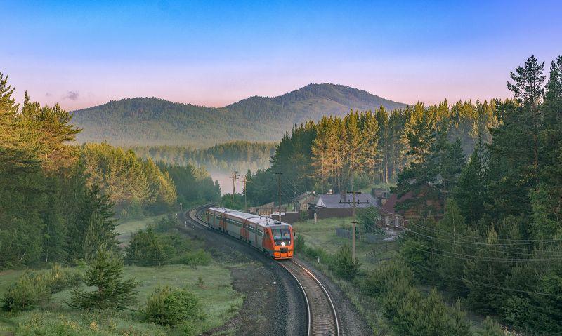 skrylov,skrylov_official,жд,железная дорога,поезд,россия,пейзаж,skrylov,skrylov_official,кыштым,челябинская область,кордон, липиниха,утро,туман,лето, ра2,рельсовый автобус,юужд ***photo preview