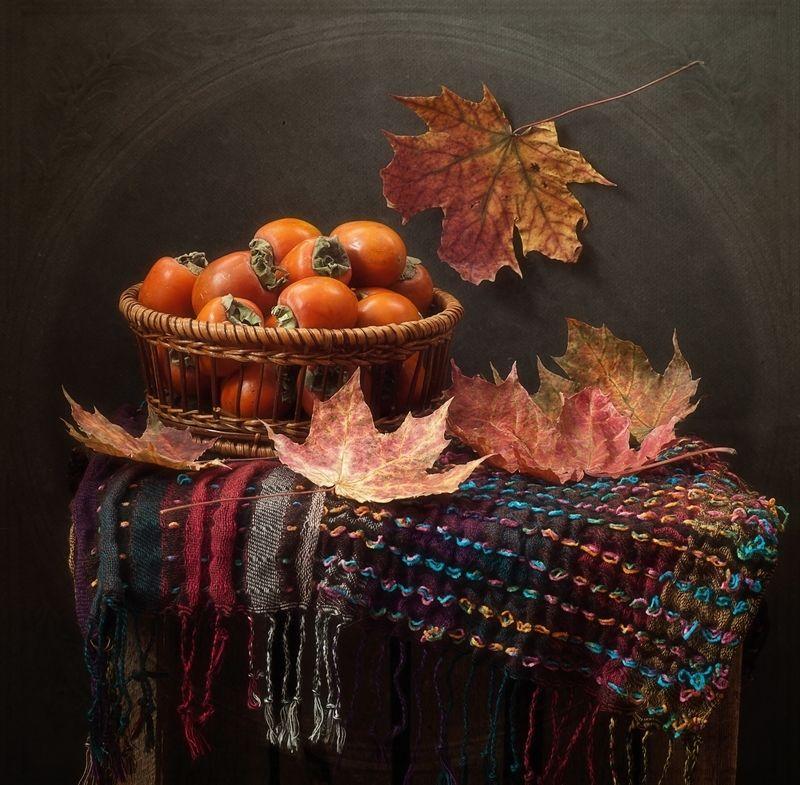 натюрморт,осень,хурма,листья рыжая осень...photo preview
