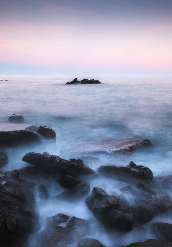 россия, крым, полуостров, пейзаж, природа, черное море, длинная выдержка, берег, камни, заход солнца, закат, сумерки Сумеречный берегphoto preview