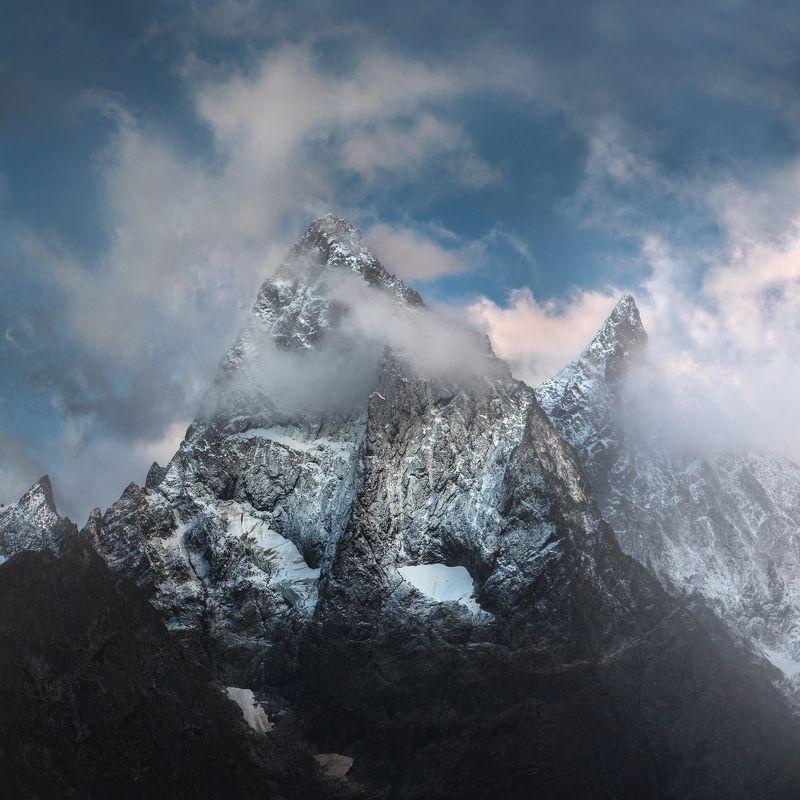 домбай, тебердинский заповедник, гоначхирское ущелье, чотча, осень Вершина Чотчаphoto preview