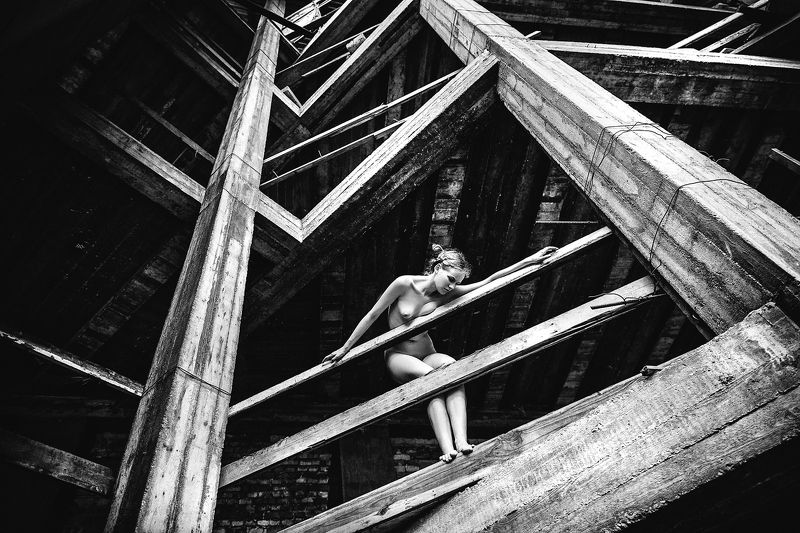 woman, nude, art, natural light, abandoned Industrial nudephoto preview