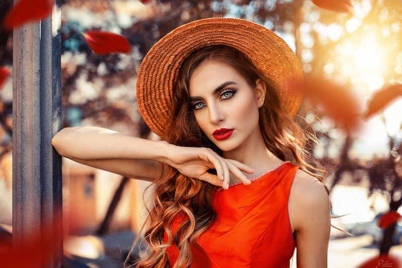 Elegant Redphoto preview