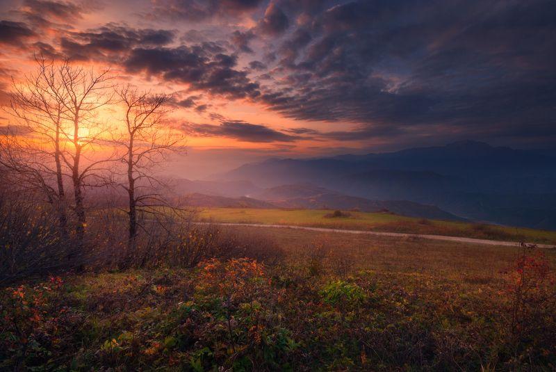 Осенний закатphoto preview