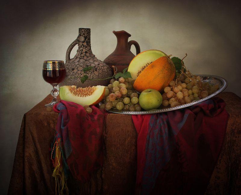 натюрморт, осень, кувшин, виноград, дыня, фрукты, вино С двумя кувшинами, в восточном стилеphoto preview