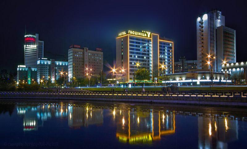 беларусь, город, минск, вечер, фотосфера-минск Сияющие городские отелиphoto preview