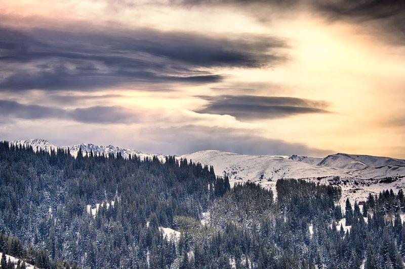 кыргызстан, горы Чудеса Чон-Кеминаphoto preview