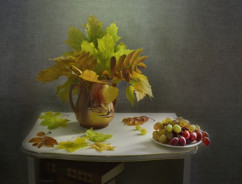композиция натюрморт,свет,виноград,лист,букет Цветочно -  виноградная темаphoto preview