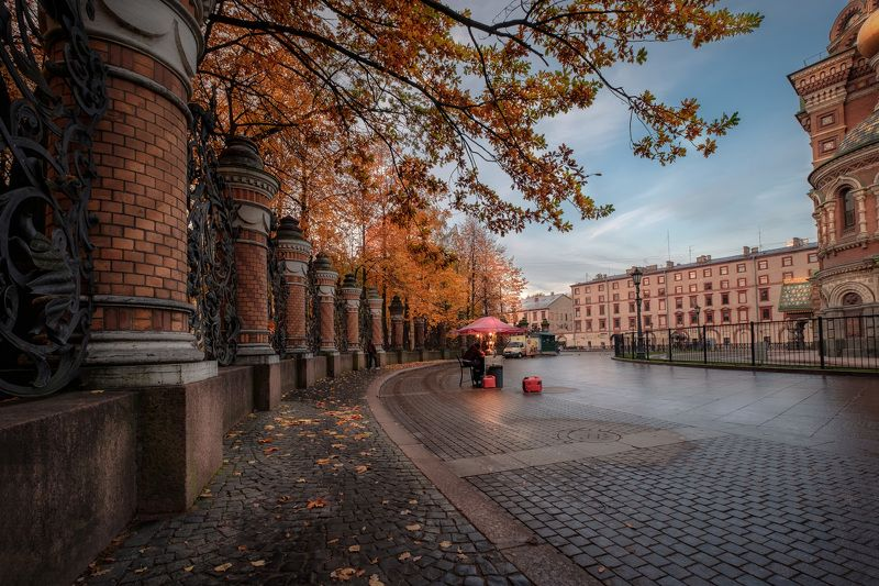 петербург, осень, спас на крови, ограда, листва, утро, пасмурно Осенний Питерphoto preview