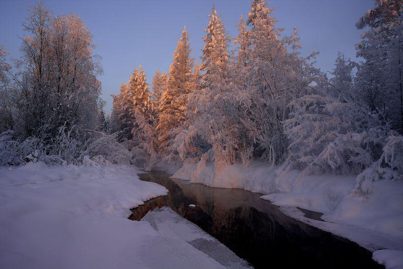 зима, холод, речка, снег, лед, якутия, ойиякон, полюс холода, природа, путешествия Начало дня фото превью