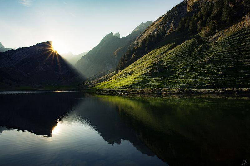 солнце, горы, вода, отражение, свет Seealpsee / Switzerlandphoto preview