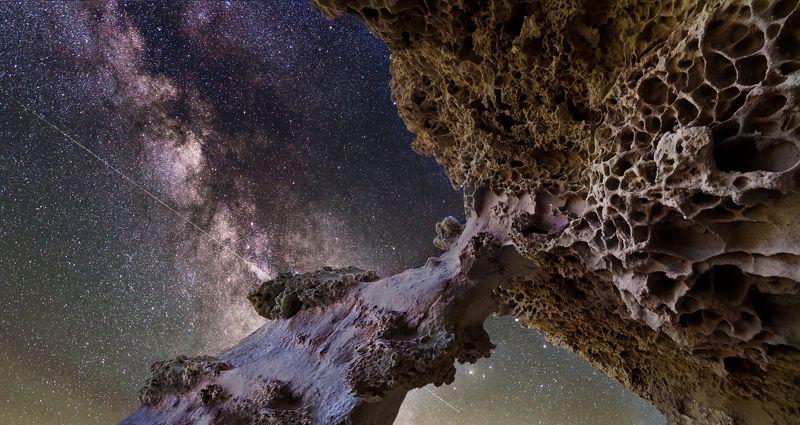 крым,пейзаж,ночь,звезды, млечный путь,природа,скалы,горы,россия,фототур Каменная Галактикаphoto preview