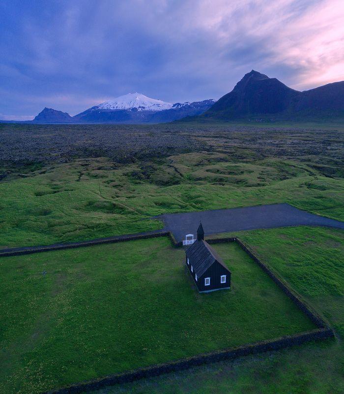 Черная церковь, Исландияphoto preview
