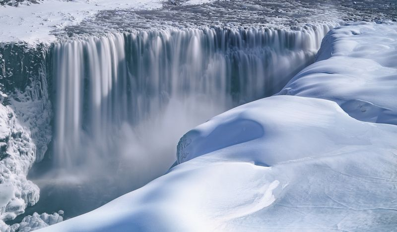 Ice Waterfallphoto preview