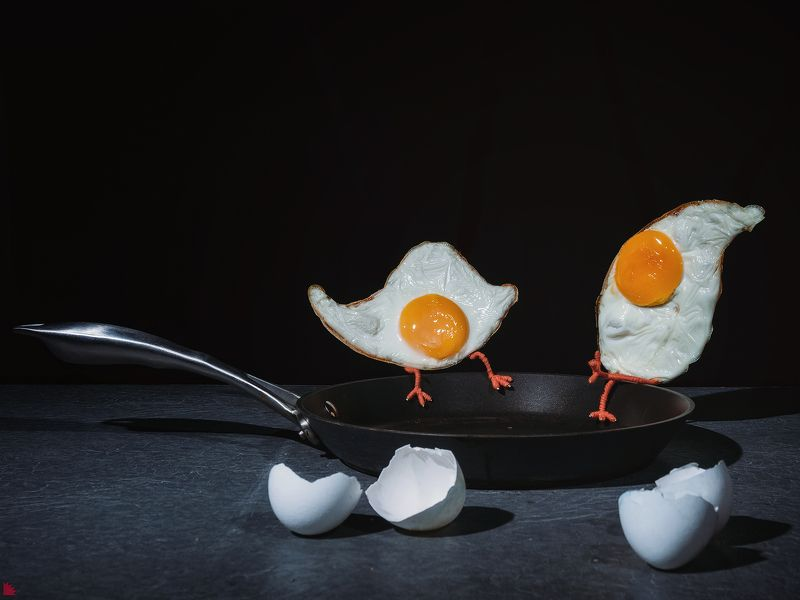 Что было раньше: яйцо или курица?photo preview