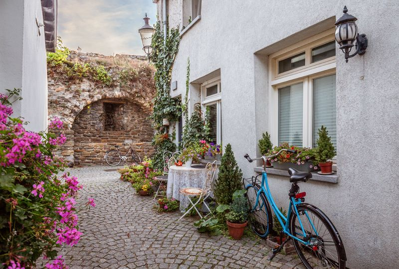 маастрихт, улица, нидерланды Старинная улочка. Маастрихтphoto preview