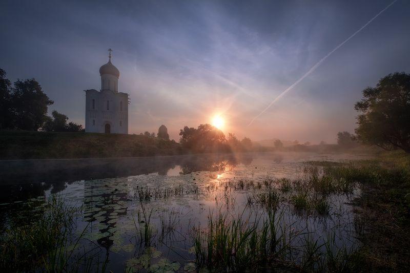 боголюбово, церковь, покрова, нерль, пруд, рассвет, отражения, туман Рассвет у Нерлиphoto preview