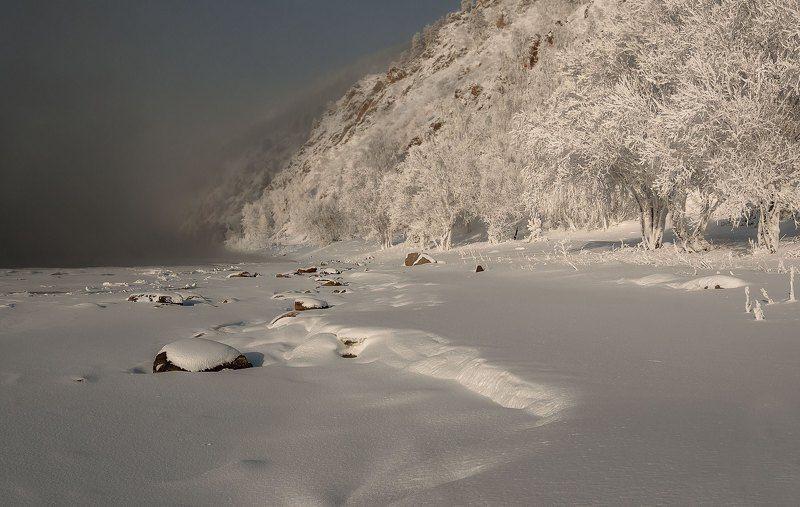 Морозное утро у реки..photo preview