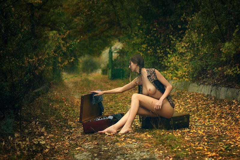 девушка, модель, ню Вовремя переодеться.photo preview