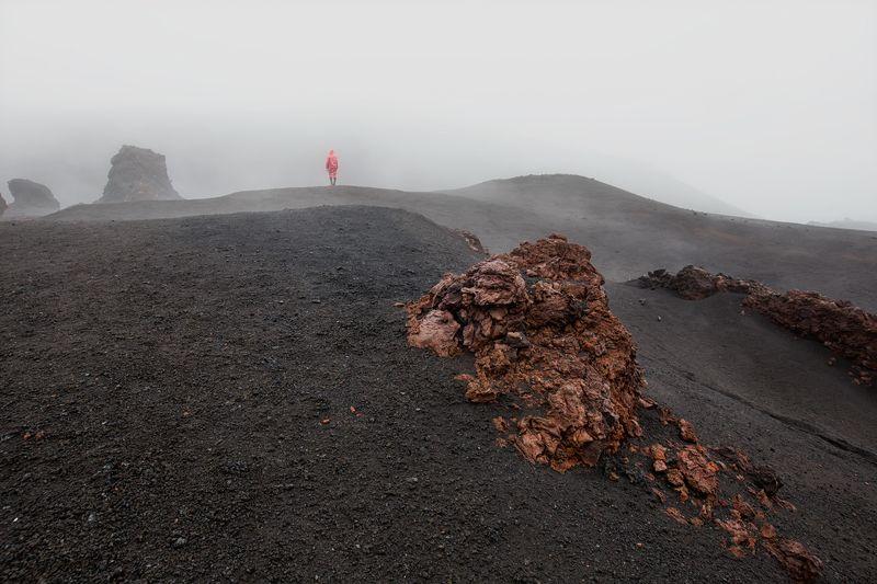 камчатка,россия,вулкан,лава,пейзаж,туман,природа,путешественник Охотник за туманомphoto preview