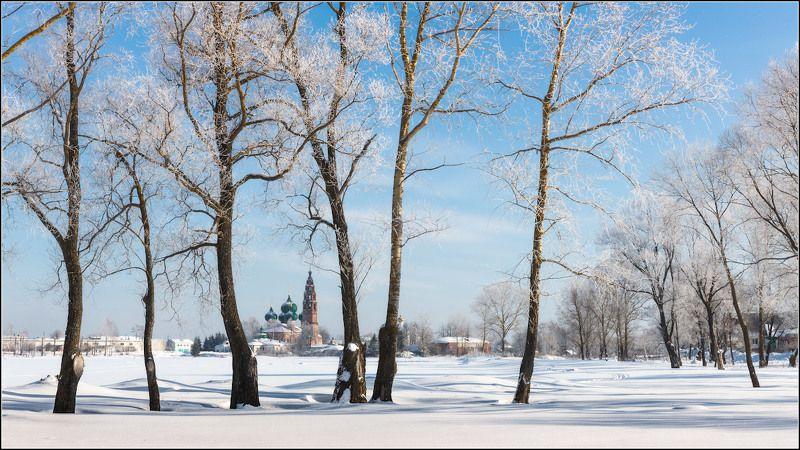 россия, ярославская обл, великое Один зимний деньphoto preview