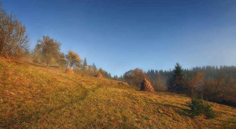 горы, утро, карпаты В горахphoto preview