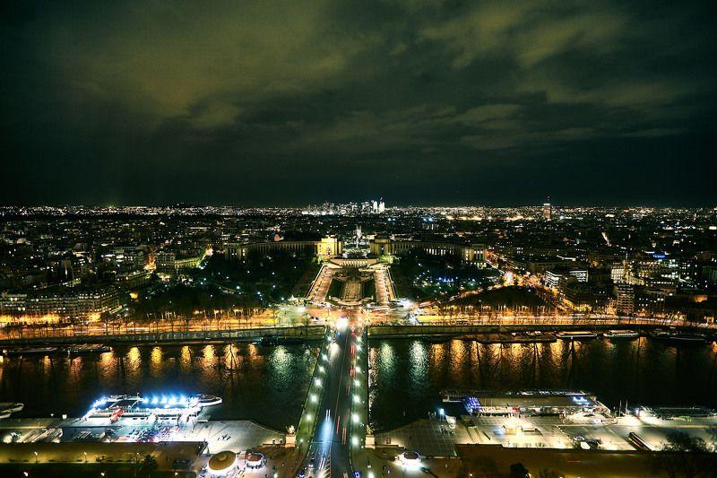 Ночной Париж…Взгляд с Эйфелевой башни. Францияphoto preview