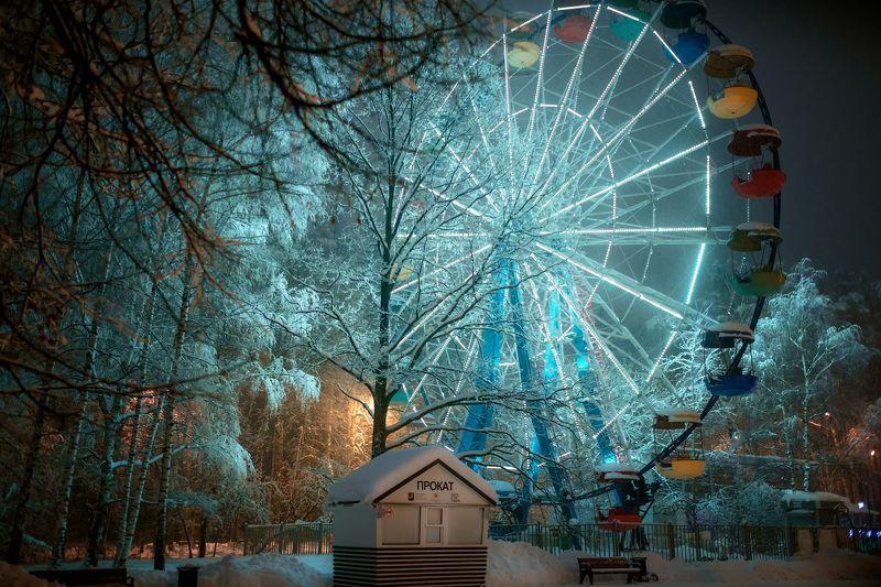 колесо, обозрения, снег, зима, парк, измайлово, вечер, снегопад Колесо под снегомphoto preview
