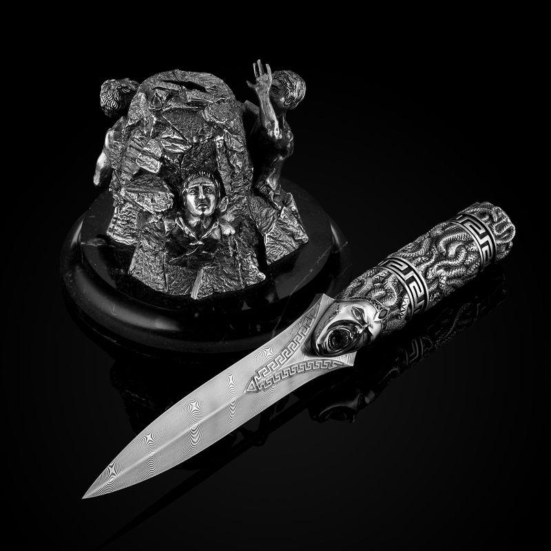 предметный фотограф Нож с подставкой ручной работыphoto preview