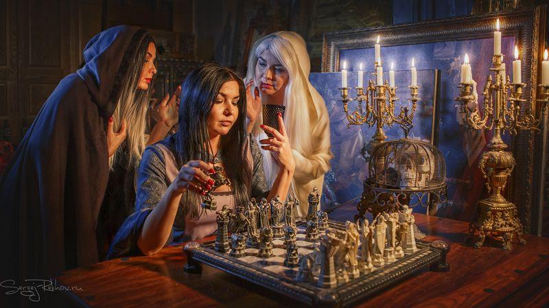 студия цитадель, портрет, замок. девушка, шахматы, portrait Две сущности...photo preview