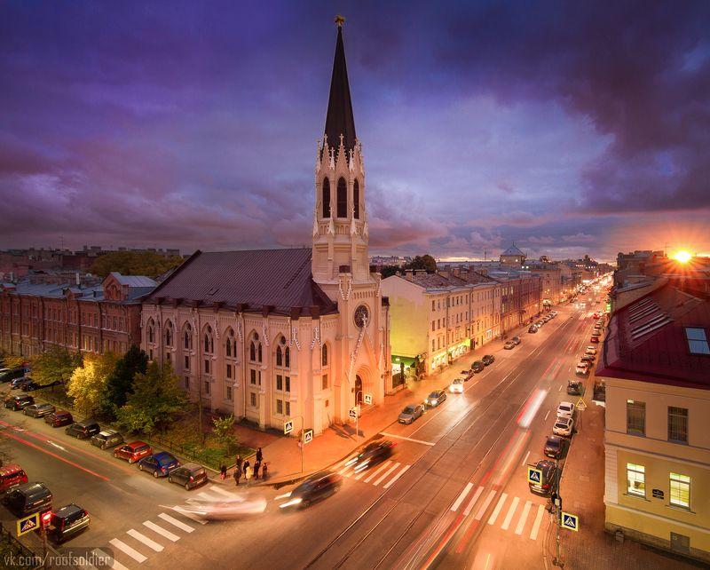 Город, пейзаж, закат, церковь, храм, крыши Церковь Святого Михаилаphoto preview