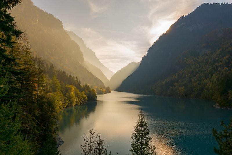 пейзаж, природа , озеро, горы, закат , Швейцария  Красивый закат на озере  фото превью