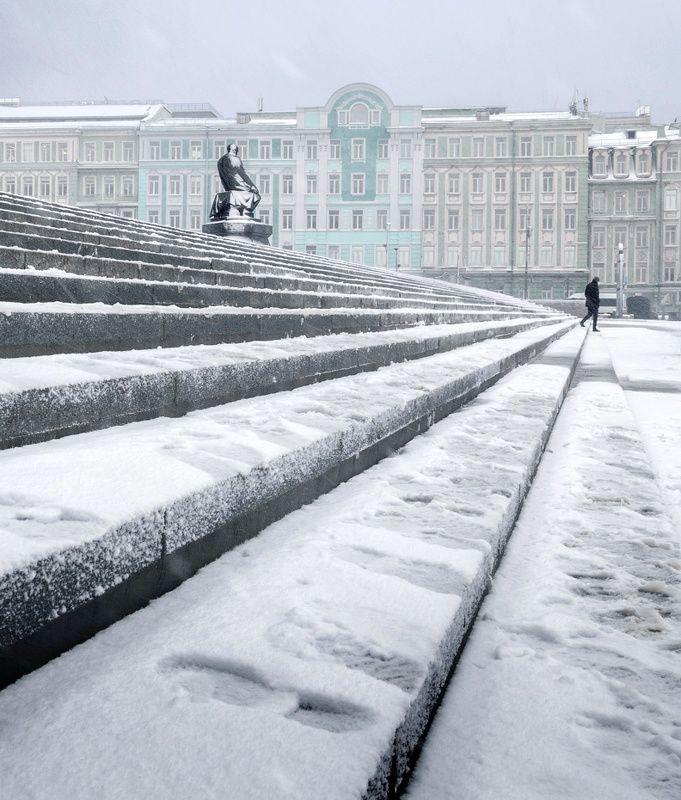 москва, достоевский, прохожий Подобие фигурphoto preview